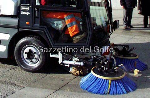 Divieto di sosta con obbligo della rimozione coatta per servizio di pulizia delle strade