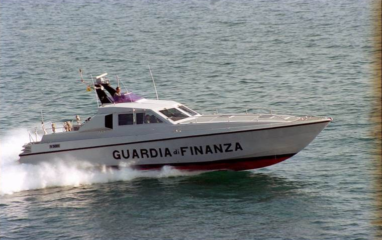 Recuperati due cadaveri in mare al largo di Terracina