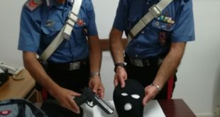 Gaeta, rapina una donna: arrestato dai Carabinieri