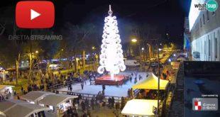 Gaeta, straordinario spettacolo dalle piazze delle luminarie: le immagini in diretta dalle webcam