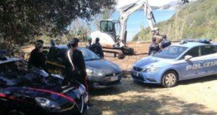 """Gaeta, avviata l'opera di demolizione forzata dell'ecomostro in località """"Le Scissure"""""""