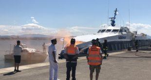 Formia, incendio a bordo dell'aliscafo Laura: e' un'esercitazione