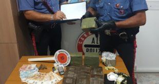 Formia, trovato con 4,5 chili di hashish e cocaina, arrestato 21enne