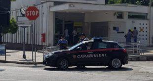 Gaeta, utilizzarono ambulanza privata per rapina alle poste: Arrestato 45enne