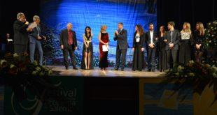 La regista gaetana Stefania Capobianco, trionfa con il film Mò vi mento – lira di Achille al 72° Festival internazionale del cinema di Salerno
