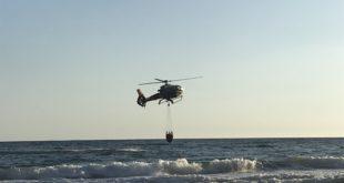 Incendio nel Golfo, elicotteri in azione #FOTO #VIDEO