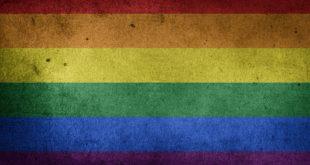 Formia, scritte e insulti a sfondo omofobo