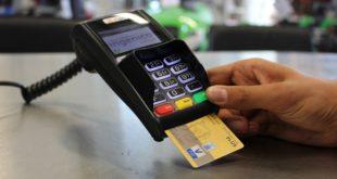 Le abitudini economiche degli italiani: il 40% ha un finanziamento attivo e i pagamenti elettronici crescono del 6,8%