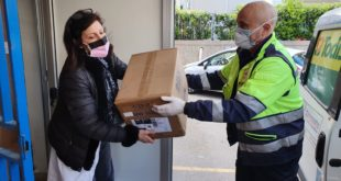 """Raccolta fondi consegnati i primi DPI all'ospedale """"Dono Svizzero"""""""