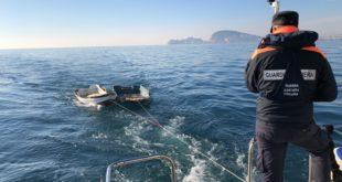 Formia, la Guardia Costiera recupera due unità alla deriva